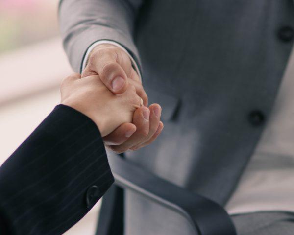 「遺言信託」は「遺言による信託」とは違う!遺言信託のデメリット