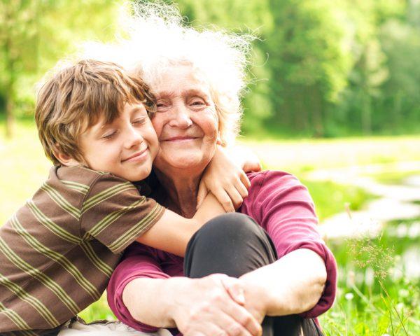 遺産相続で孫に権利がある場合と取り分割合、養子縁組による税金対策