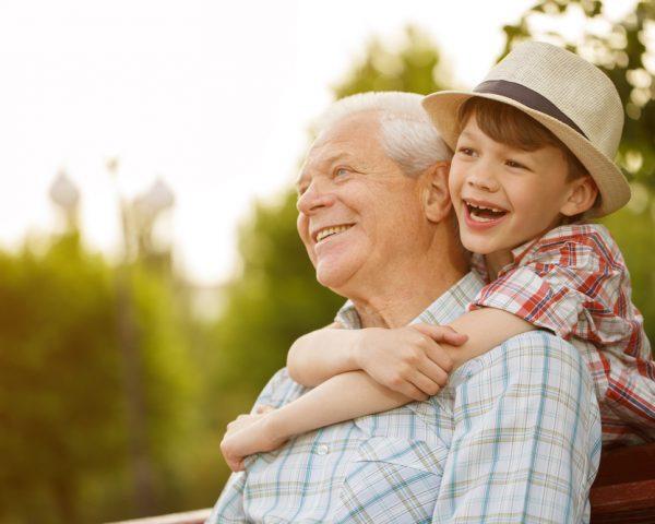 孫に非課税で生前贈与する6つの仕組みと知っておくべき7つの注意点