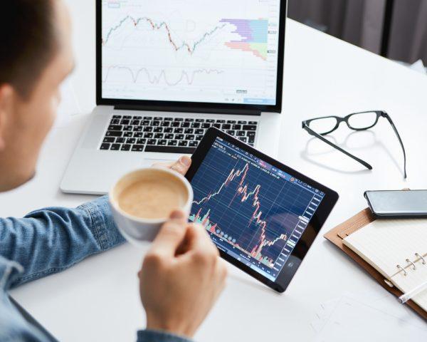株の相続税評価額の調べ方や相続税の計算方法と相続税対策について