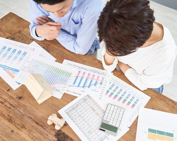 株の贈与税はいくら?株式の評価方法と贈与税額の計算方法を説明
